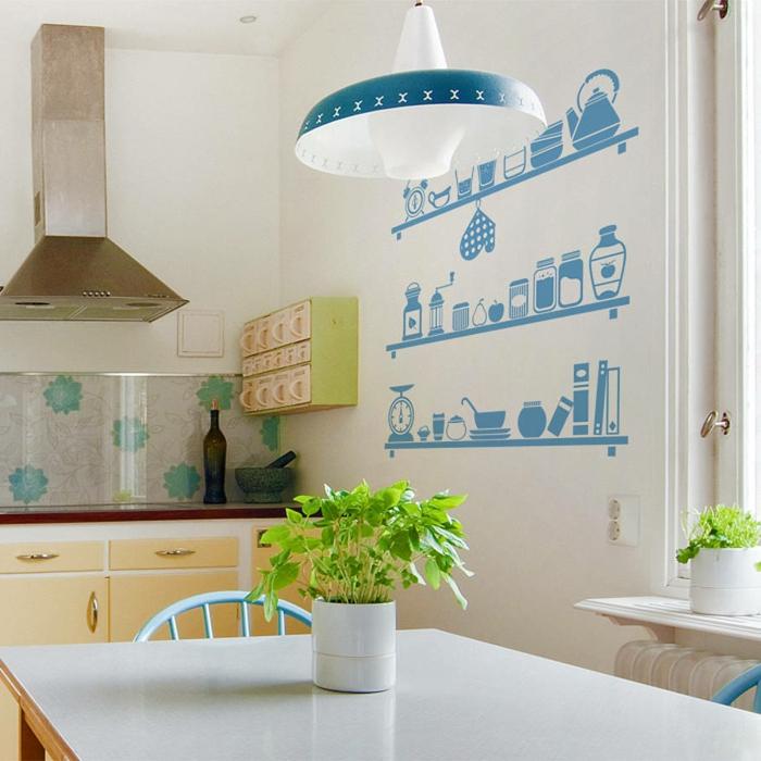 decoracion paredes, cocina con comedor estilo vintage, pared blanca, vinilo azul con estantes y vasos