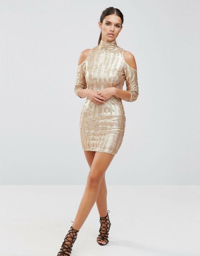 vestidos nochevieja, vestido corto de color bronce, mangas interesantes con hombros descubiertos, escote cubierto, pelo alisado recogido