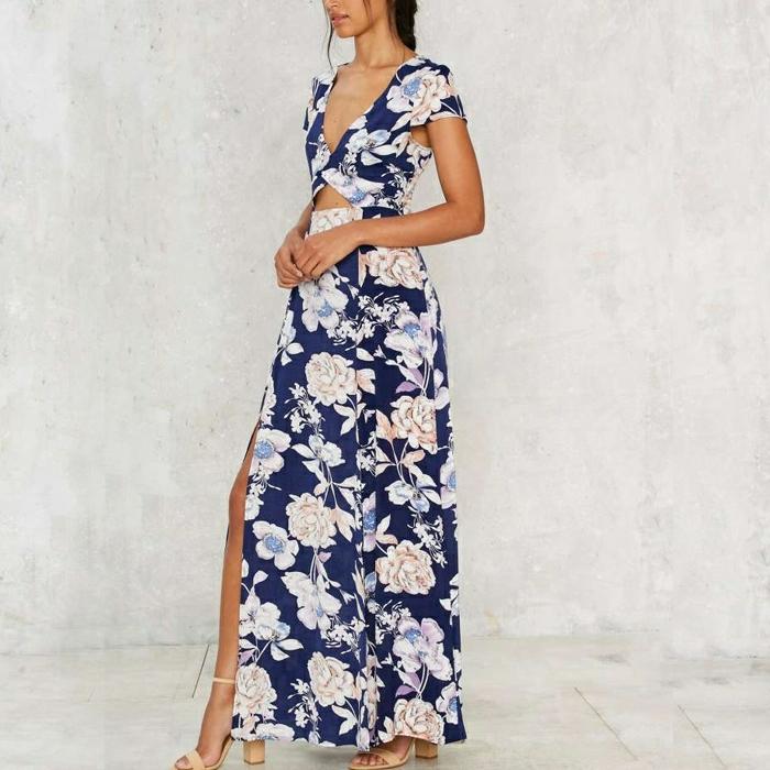vestidos para bodas, idea en tendencia para la temporada 2017 - 2018, vestido largo con escote descubierto, estampados de grandes flores en fondo azul