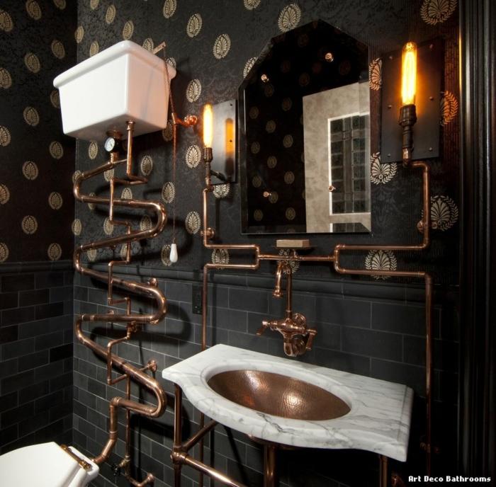 cuartos de baño, baño en estilo industrial en negro con detalles en bronce, lavabo moderno, papel pintado y azulejos negros en la pared