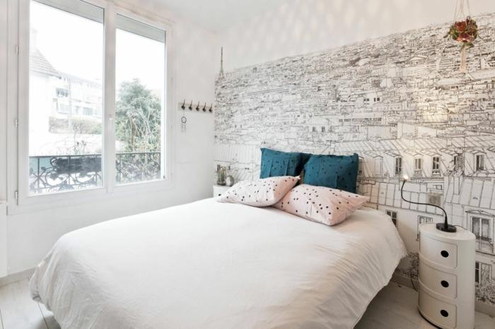 habitaciones modernas, ejemplo de dormitorio acogedor en colores claros, vinillo de pared atractivo, cojines decorativos