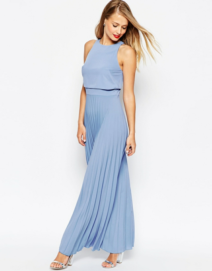 vestidos largos, vestido elegante en azul claro, con falda en volantes, propuesta exquisita para invitadas de boda