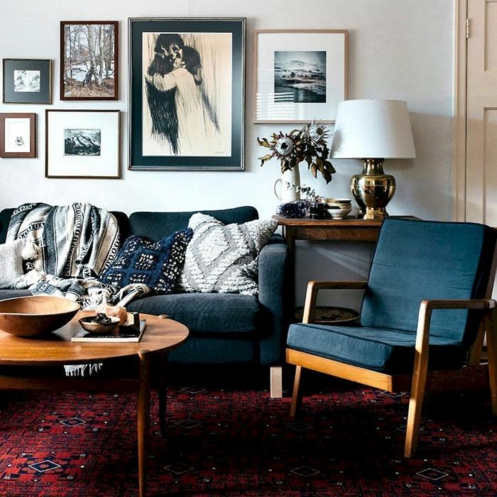 muebles de salon, propuesta de salón moderno con alfombra y decoración en estilo boho chic, pinturas con paisajes