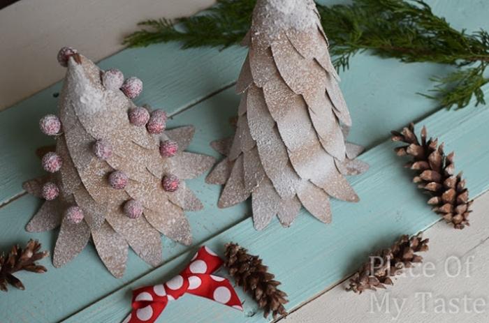 centros de mesa originales, como elaborar árboles de navidad de poliestireno y papel paso a paso