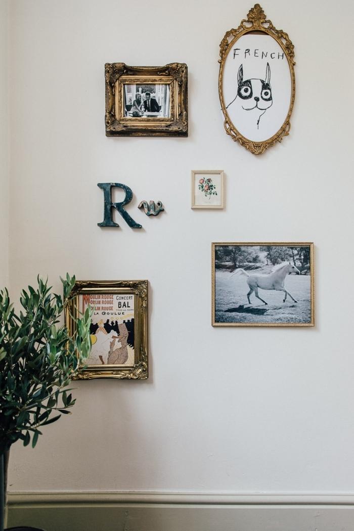 estilo vintage, preciosa decoración para las paredes, cuadros y fotos en marcos dorados vintage