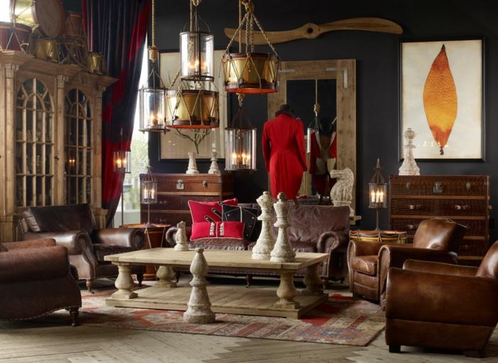 estilo vintage, bonito salon en colores cálidos, decoracion en la pared, sillones viejos de piel en marrón, figuras de ajedrez