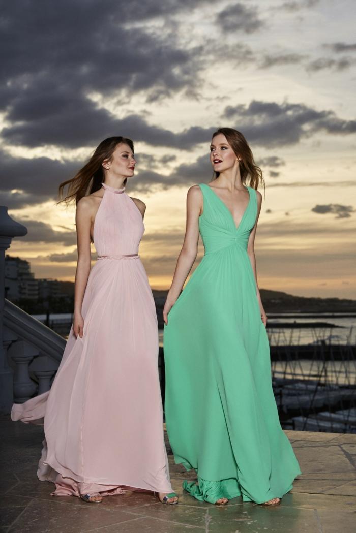 vestidos largos, dos vestidos muy largas de materias aireadas, colores rosado y menta, propuestas sofisticadas para invitadas de boda
