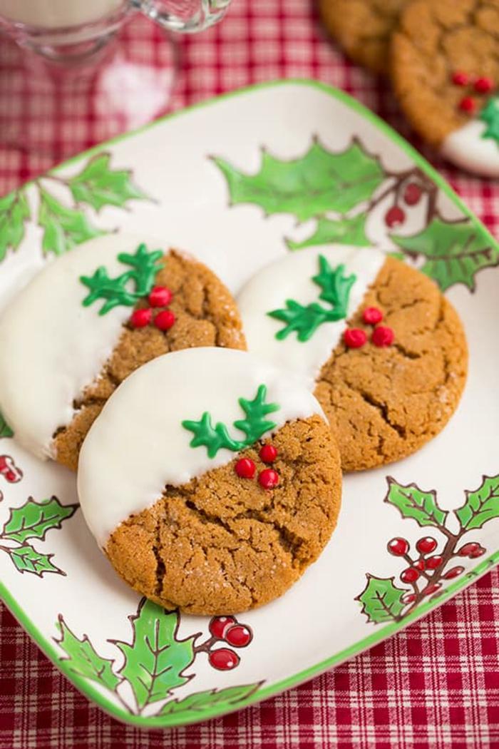 recetas de galletas faciles, ideas para la cena de navidad 2017, ornamentos bonitos decorados en los colores navideños
