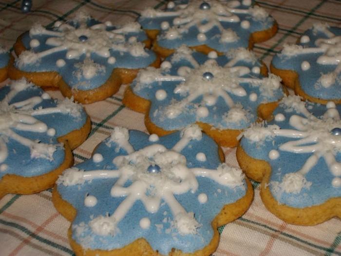 galletas de mantequilla receta, galletas de navidad en forma de flores, glaseado real para decorar