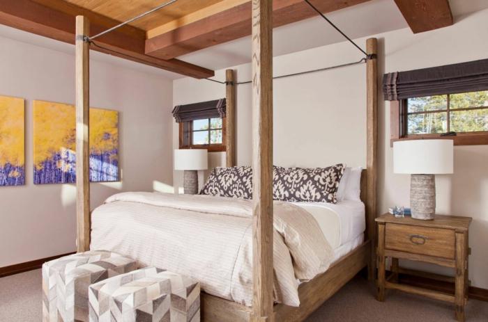 habitaciones modernas, dormitorio acogedor con elementos de madera, decoración de pinturas en colores llamativos, sillas tapizadas de terciopelo