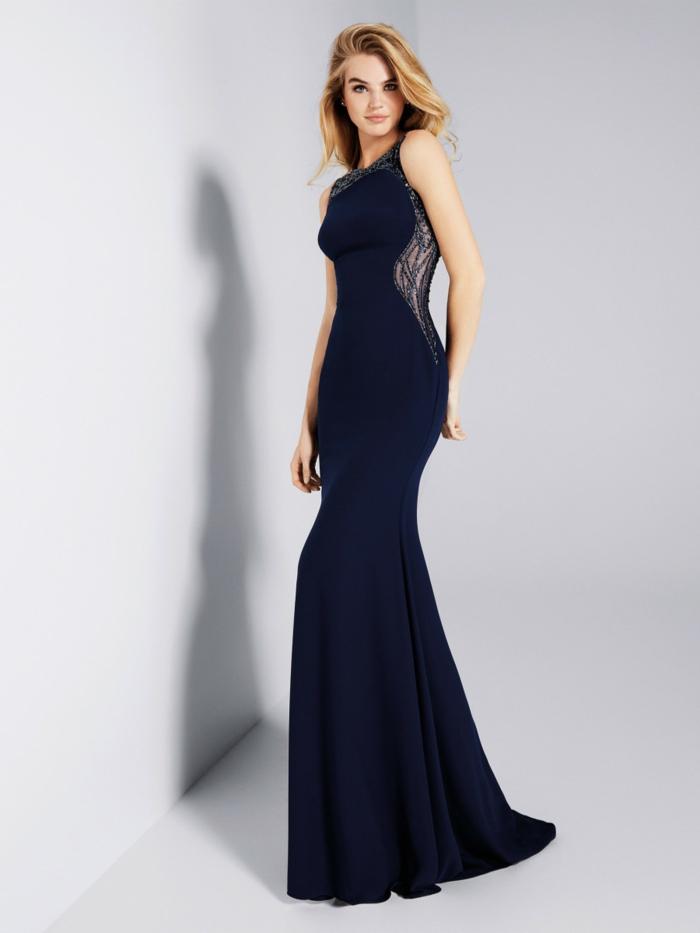 vestidos de fiesta largos, vestido en azul oscuro con ornamentos en la cintura, vestido de cóctel elegante, cabello suelto ondulado