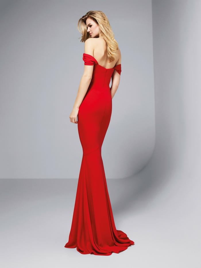 vestidos largos de fiesta, vestido elegante y largo en color rojo fuego, hombros y espalda descubiertos, cabello suelto ondulado