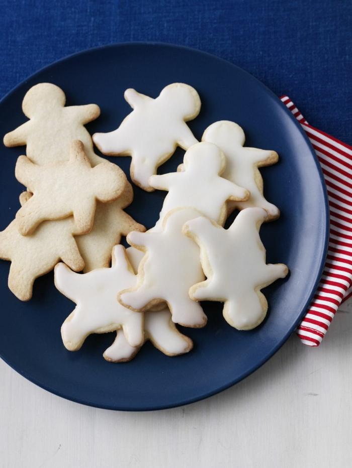 receta galletas mantequilla, hombre de jengibre con glaseado en blanco , ideas fáciles y originales Navidad 2017