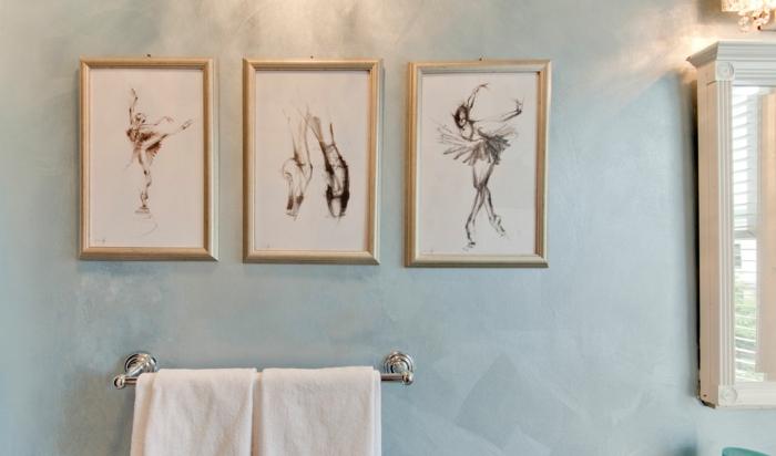 laminas decorativas, decoración para el baño, pared azul, bocetos negros de bailarina colocadas sobre el toallero