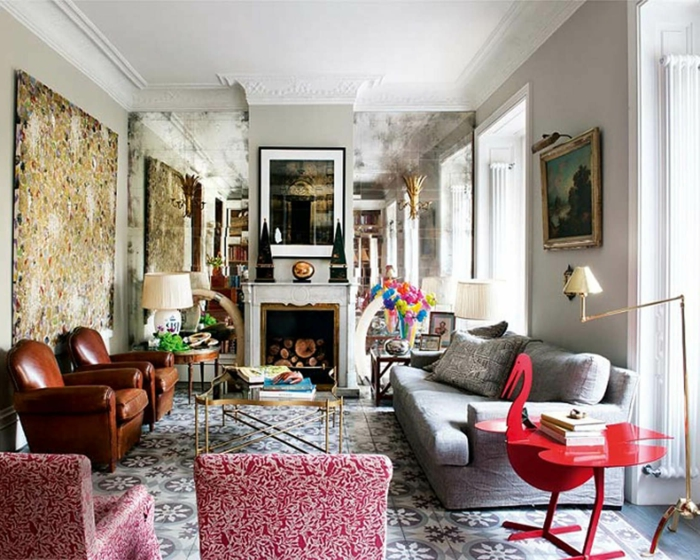 como decorar un salon, salón grande decorado en estilo bohemio, muchas pinturas, muebles con estampados