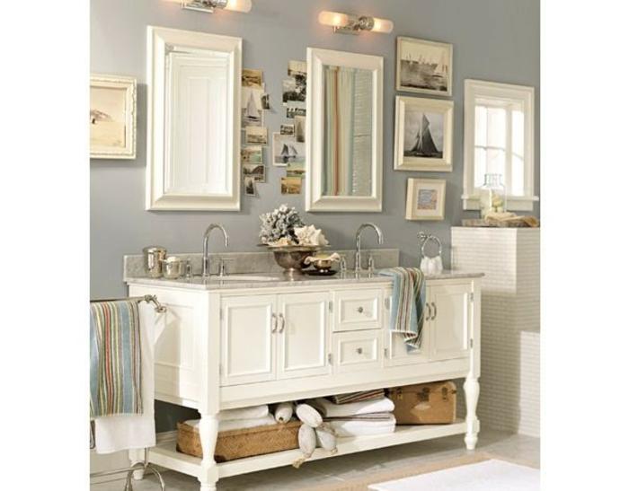 cuadros decorativos, baño estilo vintage con lavabo doble, color beige, decoración con fotos y postales, cuadros con paisajes marinos