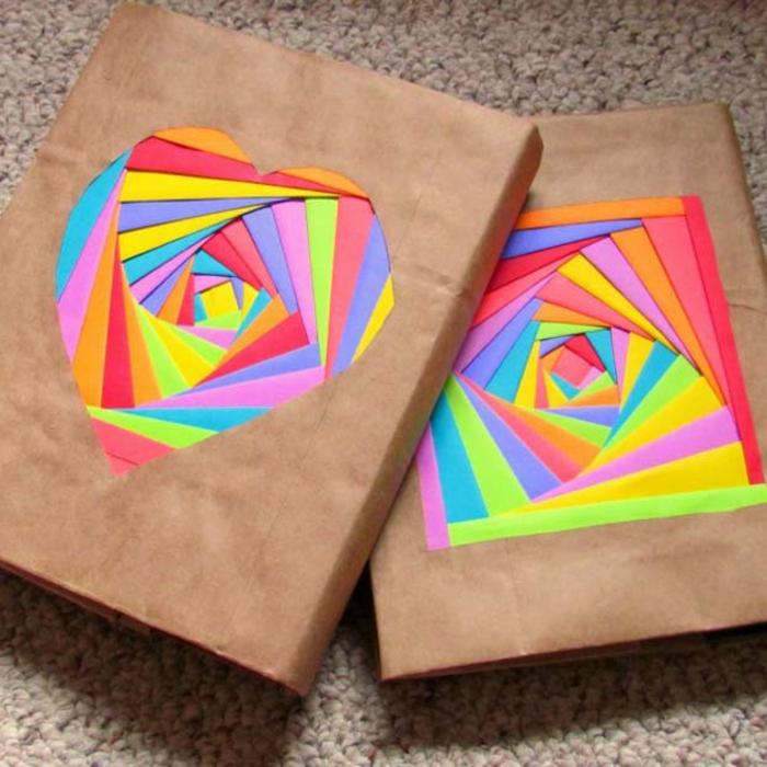 manualidades paso a paso, forros de libros originales con papel kraft y figuras de colores - corazon y cuadrado