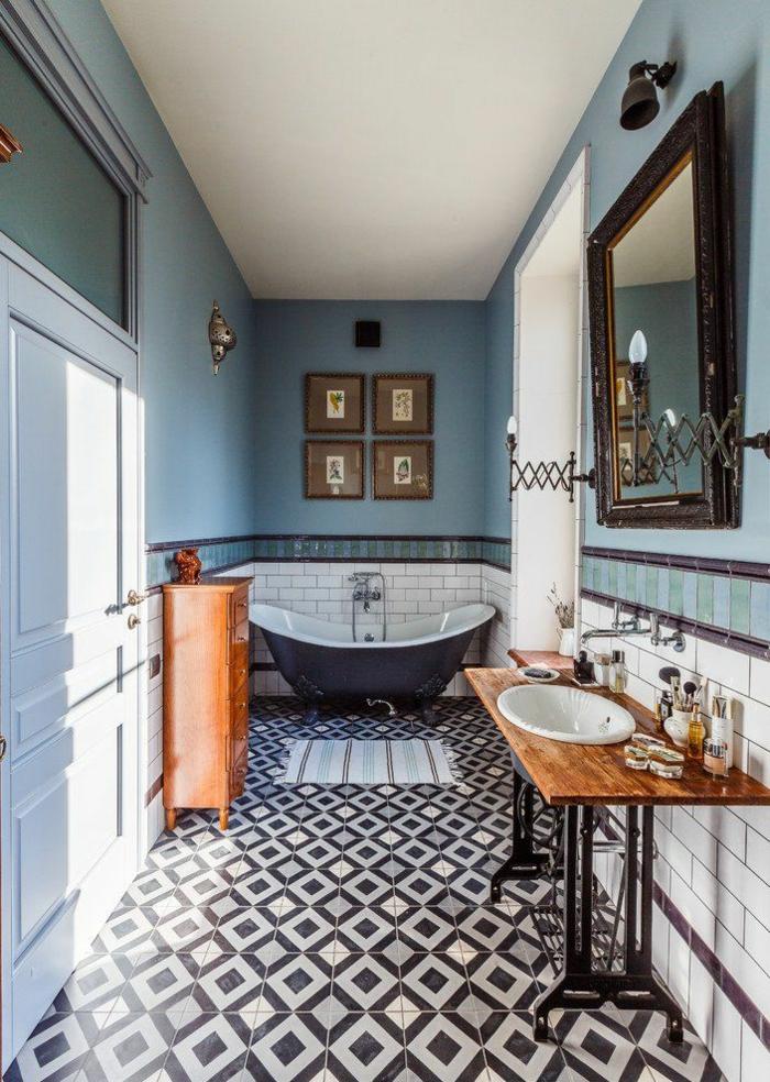 como decorar un baño, baño ecléctico grande, azulejos en rombos, paredes en azul celeste, cuadros decorativos