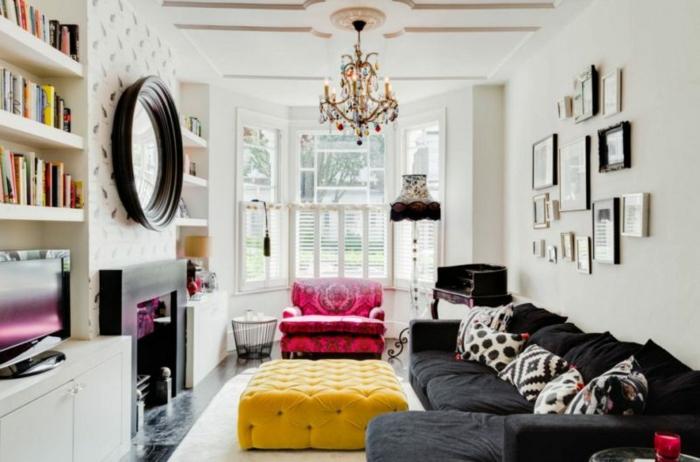 como decorar un salon, salón moderno decorado en estilo boho chic con muebles vintage, mesa amarilla en capitoné