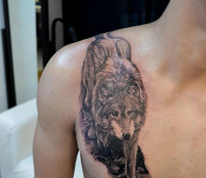 tatuajes de lobos, tatuaje en el pecho para hombres, figura de lobo caminando, estilo realista, blanco, negro y rojo