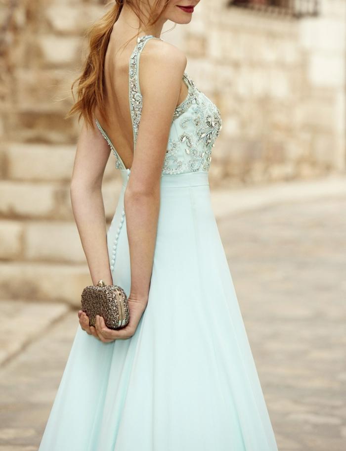 vestidos invitada boda, elegante propuesta en verde menta, vestido largo de tejido aireado, parte superior con lentejuelas