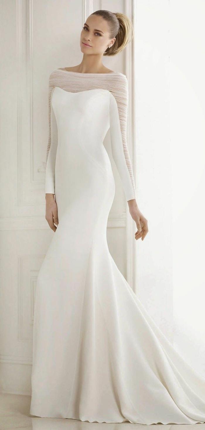 vestidos boda civil, precioso vestido de corte sirena con mangas de visillo y escote ilusión, pelo en recogido original