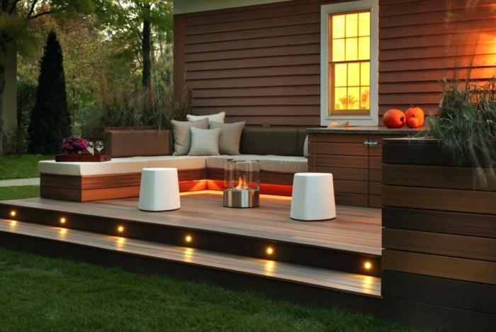 ideas para iluminar la terraza, muebles modernos con diseño sencillo en estilo minimalista, pequeña estufa de vidrio