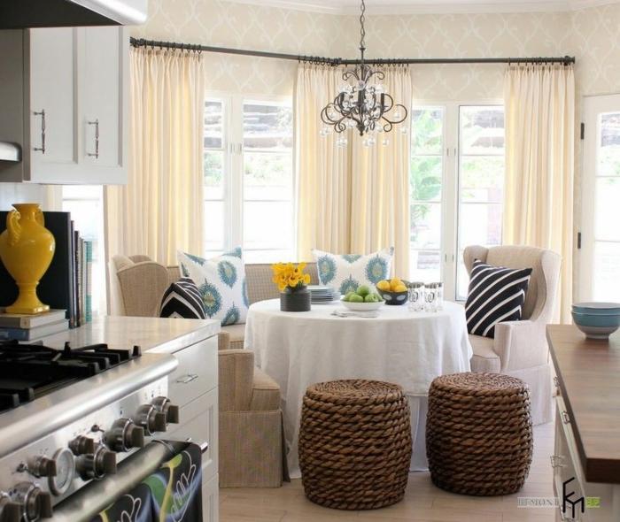 cortinas de cocina, propuesta de cortinas aireadas en color champán, cocina con comedor en estilo contemporáneo