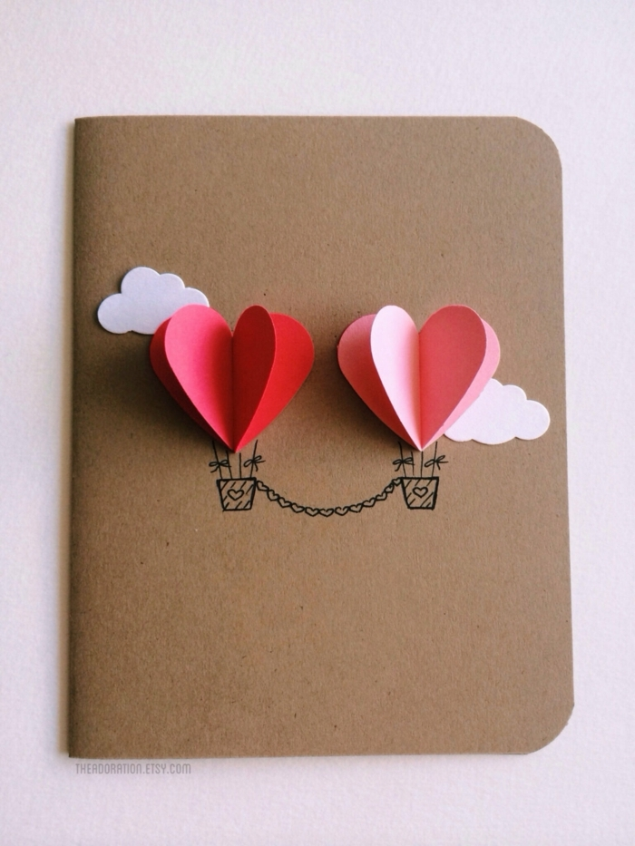 tarjetas originales hechas a mano para regalar a tu pareja, que regalar a tu novio para San Valentín, paracaídas en forma de corazón