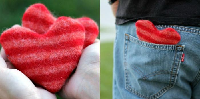 regalo sorpresa para tu ser querido, pequeño ornamento de lana en forma de corazón de color rojo