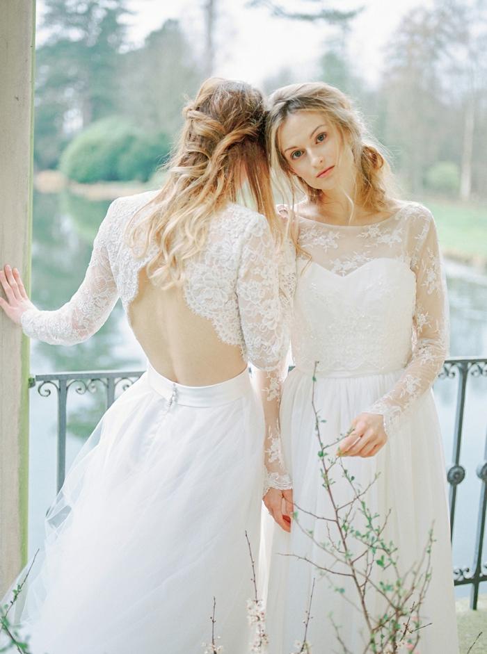 vestidos novia baratos, dos propuestas de vestidos de novia decorados de encaje, vestidos de corte princesa con espalda descubierta