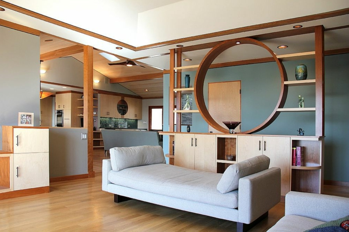 separador de ambientes, salón acogedor en estilo moderno, divisor de habitaciones de madera de diseño atractivo