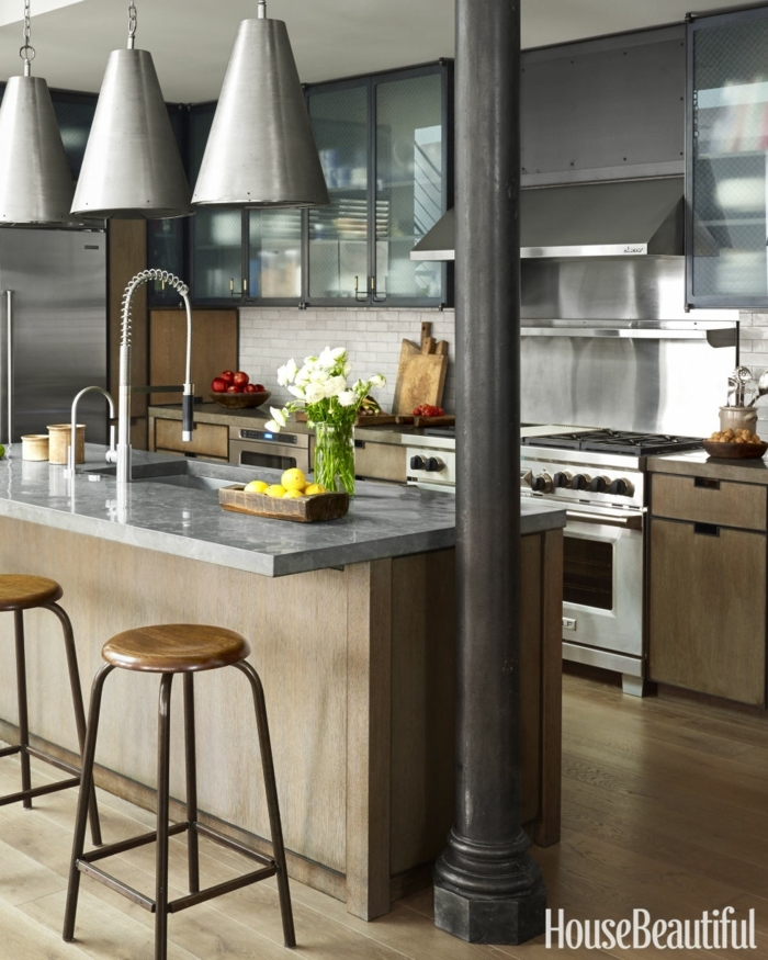 propuestas modernas para cocina comedor, diseño contemporáneo con elementos del estilo vintage, grandes lámparas de hierro