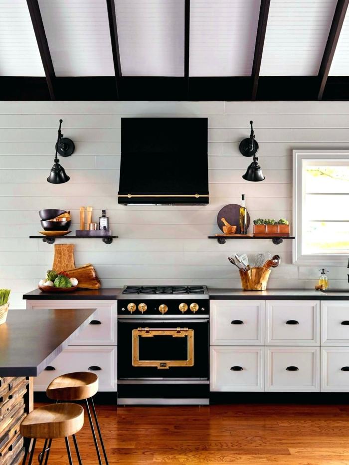 diseño en blanco y negro, propuestas en tendencias para cocina moderna, almacenas blancas, campaña extractora en negro