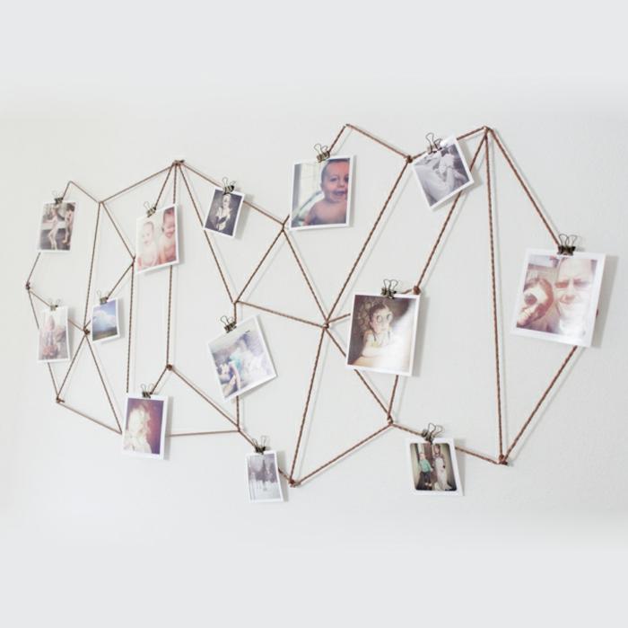 decoracion con fotos, decoracion para la pared de forma interesante, cuerdas en figura asimétrica con fotos familiares