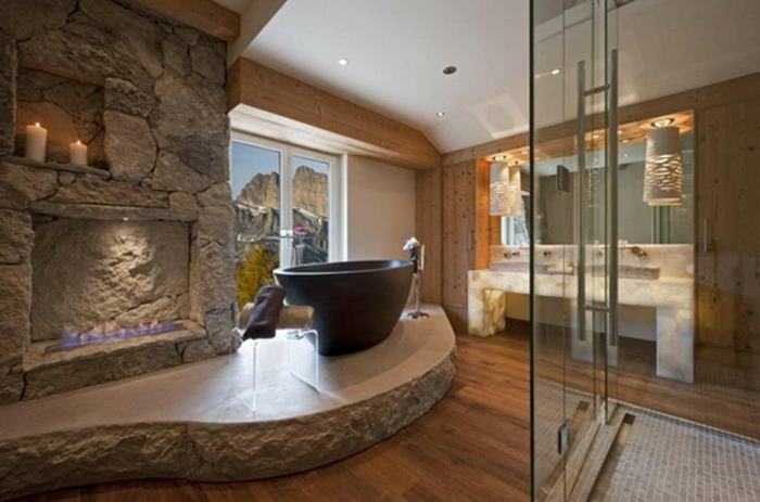 precioso interior en estilo rústico, cabina de ducha con azulejos para baños modernos, detalles de piedra y madera en estilo rústico