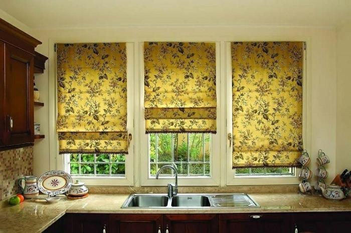 estores para cocina, estores modernos en estampado de flores, cortinas en amarillo, ideas para cocinas en estilo provenzal