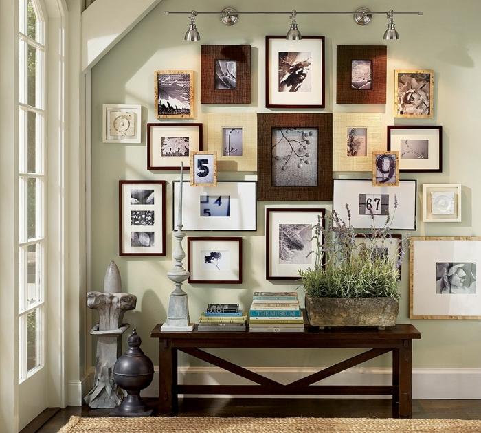 manualidades con fotos, recibidor original con pared llena de cuadros con fotografías en blanco y negro, objetos de decoración vintage