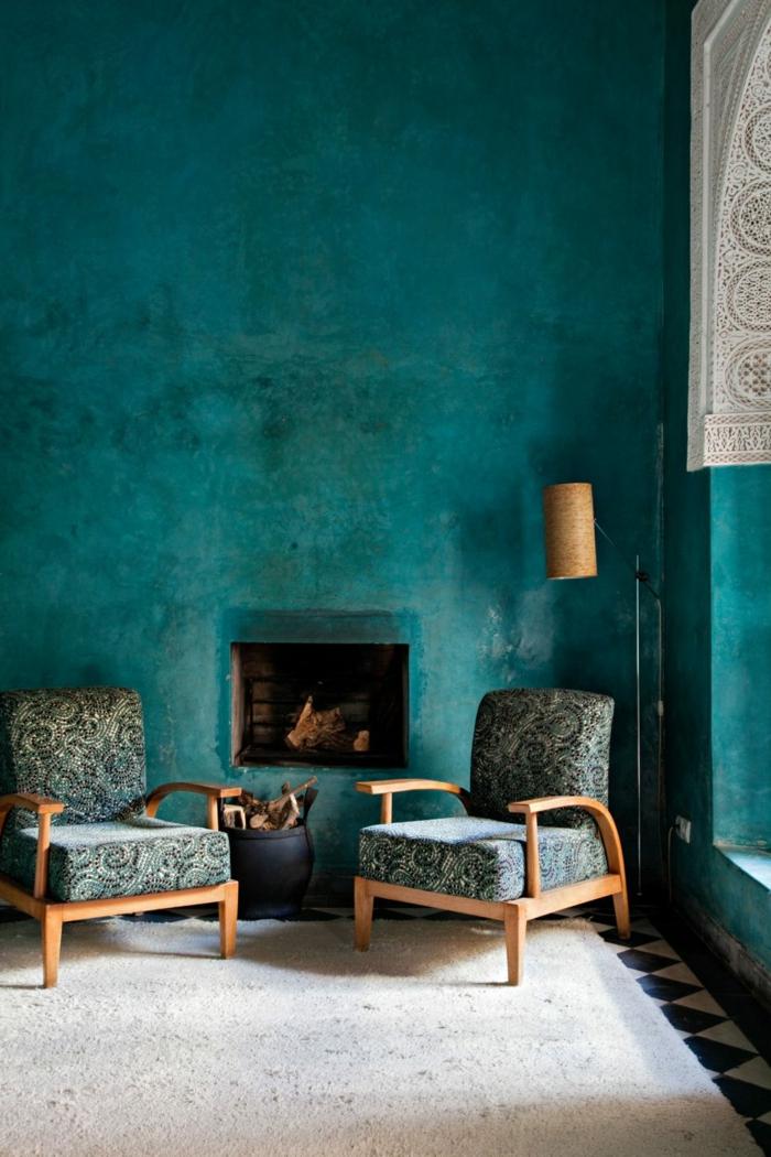 1001 ideas sobre colores para salones y c mo pintar la for Pintura dorada para pared