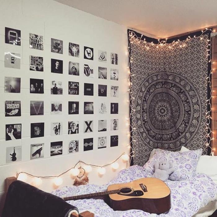 decoracion con fotos, habitación en estilo bohemio decorada de muchas fotografias en blanco y negro de forma cuadrada