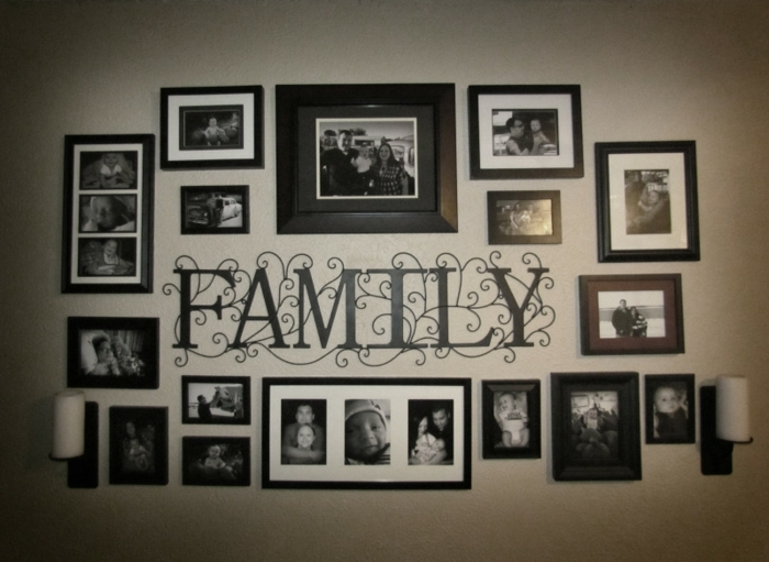 fotos familiares, pared familiar con fotografiascon marcos de madera en negro, bonita idea para decorar la pared en tu dormitorio