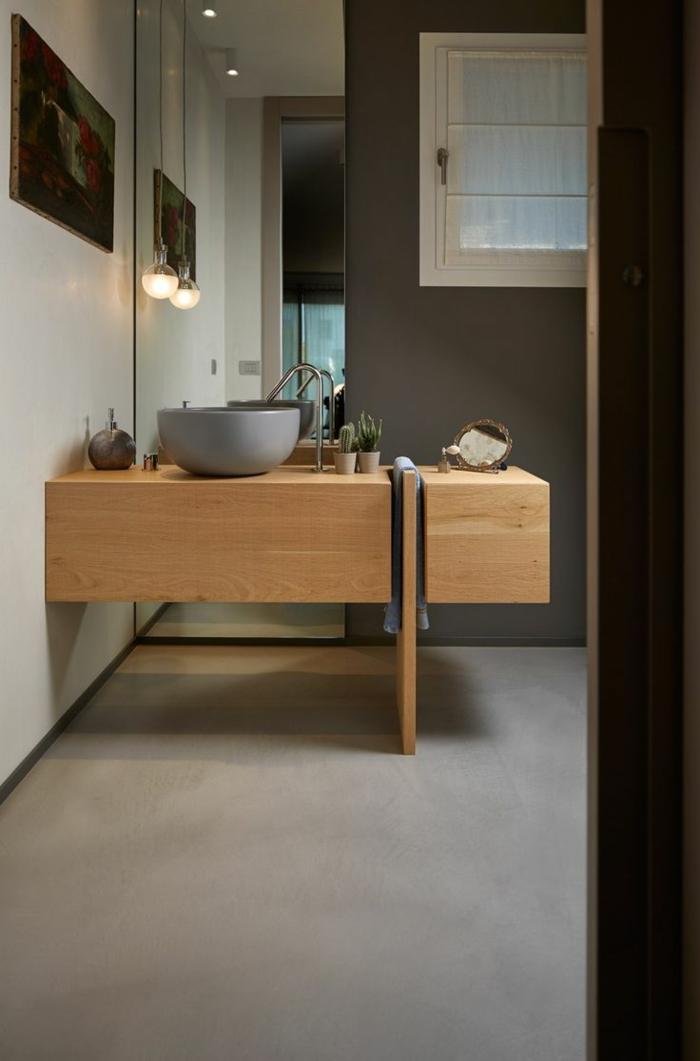 decoración moderna, baños pequeños, lavabo redondo gris, mueble lavabo de madera, espejo de suelo a techo, lámpara colgante