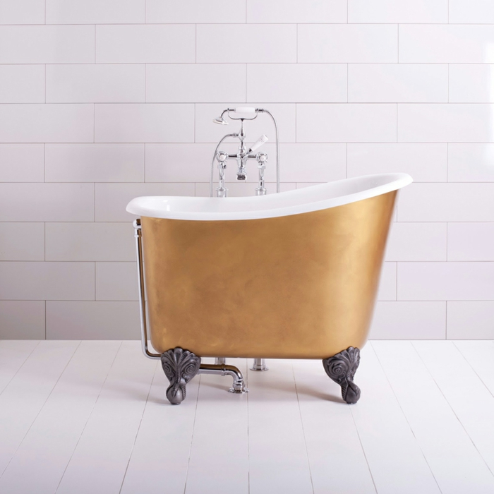 bañera original con patas de garra, color cobrizo, baño moderno con baldosas blancas, armarios de baño, ideas de decoración