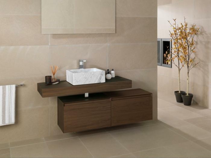 armario baño, baño pequeño decoración, mueble de lavabo de madera, lavabo pequeño de mármol, espejo, árboles decorativos