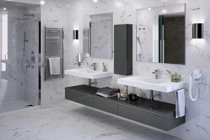 muebles de baño modernos, baño en blanco y gris, suelo y paredes de mármol, ducha de obra, mueble de lavabo bajo, espejos grandes