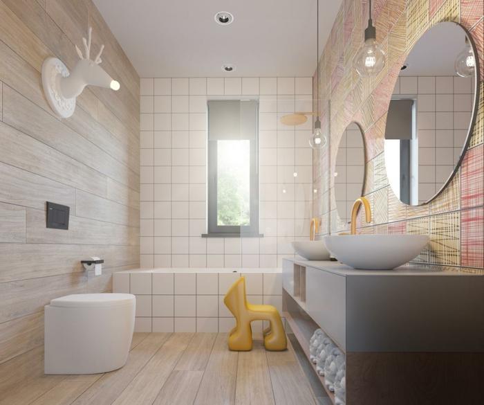 baño pequeño, muebles de bañi, pared con papel pintado de colores, ducha de obra con baldosasm espejos redondos, lavabo doble