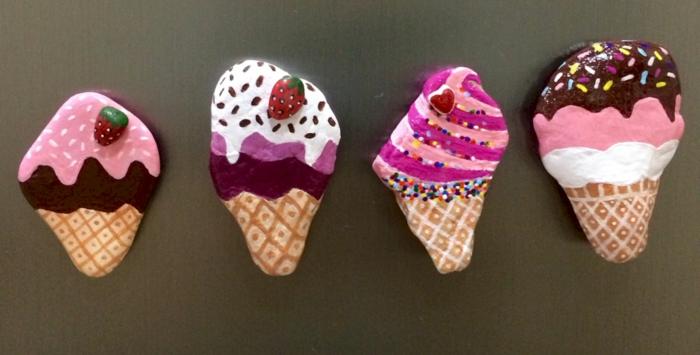 piedras para jardin, piedras pintadas como helados de chocolate y fresa, manualidades para niños, decoración casera divertida
