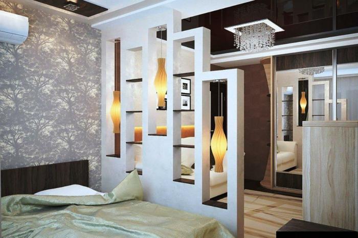 separar ambientes, propuesta original para separar espacios en tu casa, dormitorio acogedor con papel pintado refinado