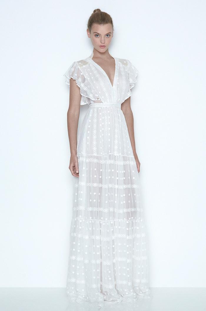 vestido blanco ibicenco, vestido largo semi transparente, escote profundo V, mangas cortas con bordado