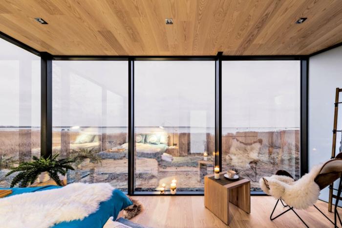piso con preciosa vista, grandes ventanales con efecto espejo, interior moderno con muebles funcionales, ideas de decoracion con espejos